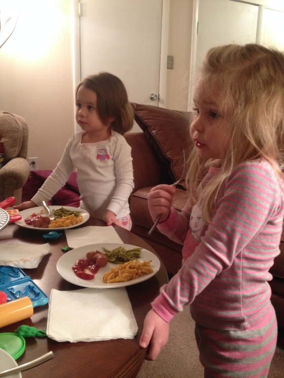 Leighton and Ella eating dinner